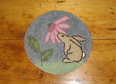 McGregor's Garden (14&quot; Round)-Woolen Gatherings needle punch rug hooking patterns to comfort and inspire.
